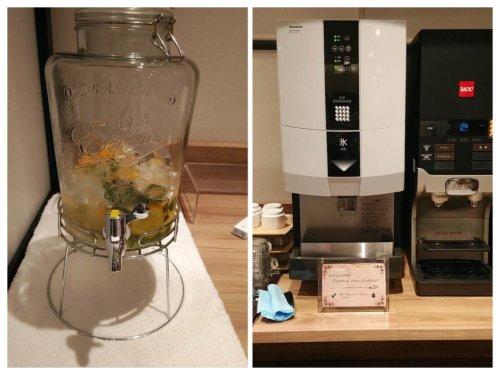 ドーミーインのラウンジスペースのデトックスウォーターとコーヒーマシン